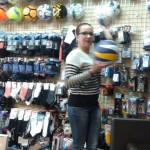 W sklepie sportowym